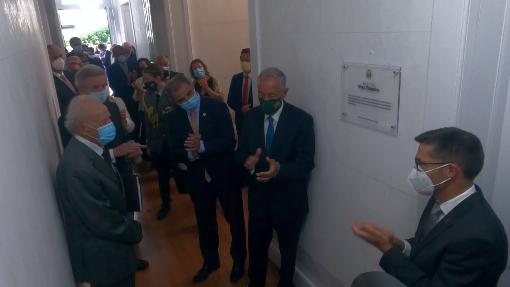 Comemorações dos 45 anos de Autonomia - Descerrar da placa na inauguração da Biblioteca Álvaro Monjardino