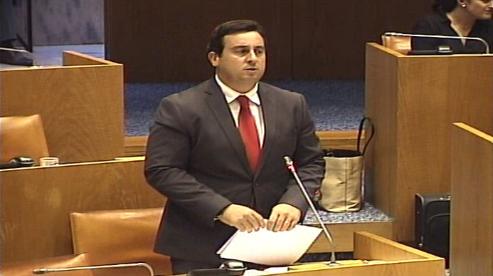 Altera o Decreto Legislativo Regional n.º 16/94/A, de 18 de maio, que adapta à Região Autónoma dos Açores o regime jurídico da operação portuária, aprovado pelo Decreto-Lei n.º 298/93, de 28 de agosto