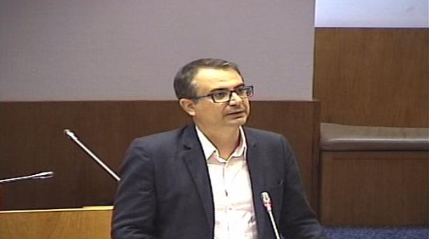 Décima segunda alteração ao Decreto Legislativo Regional n.º 8/2002/A, de 10 de abril, que estabelece o regime jurídico da atribuição do acréscimo regional à retribuição mínima mensal garantida, do complemento regional de pensão e da remuneração complementar regional